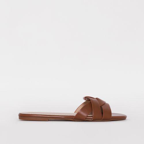 Zahara Deep Nude Twist Strap Flat Slides