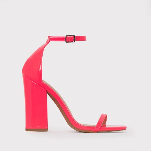 Zoi Fuschia Patent Barley There Block Heels