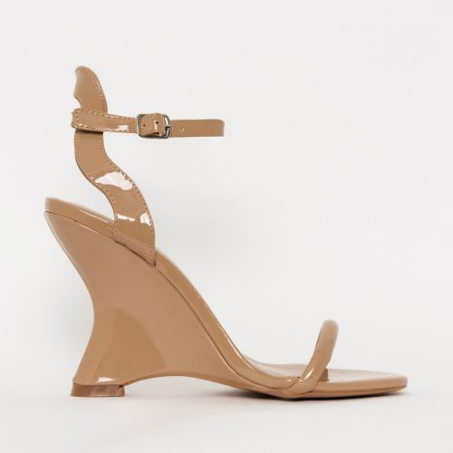 Thea Nude Patent Wedges
