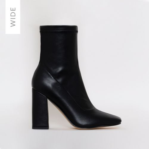 Isla Wide Fit Black Block Heel Ankle Boots